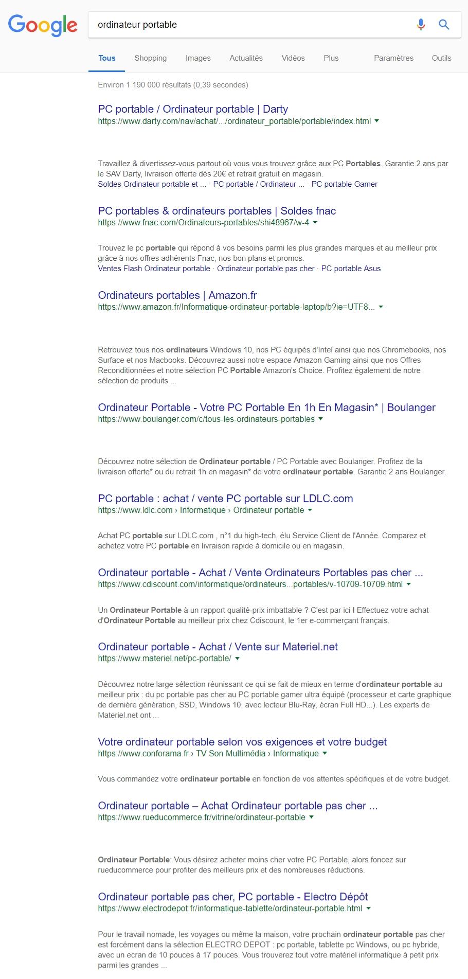 Recherche dans Google sur ordinateur portable